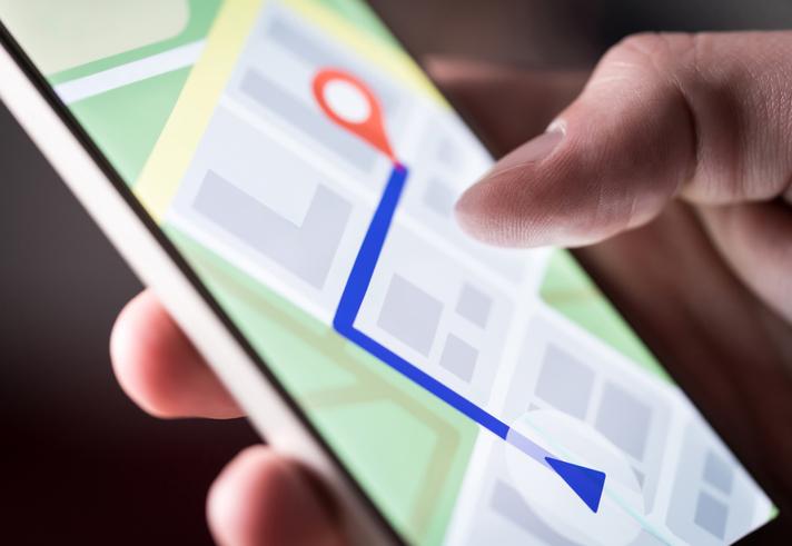 Plataforma GPS de los smartphones ¿qué es y cómo usarla en logística?