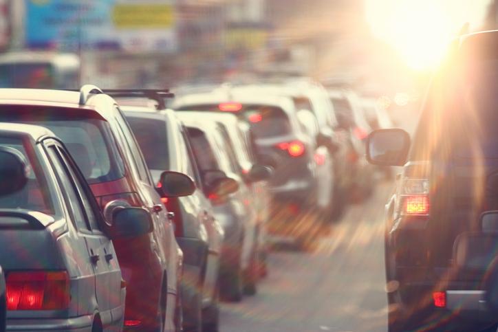 Tráfico en logística de transporte: 4 maneras infalibles de superarlo