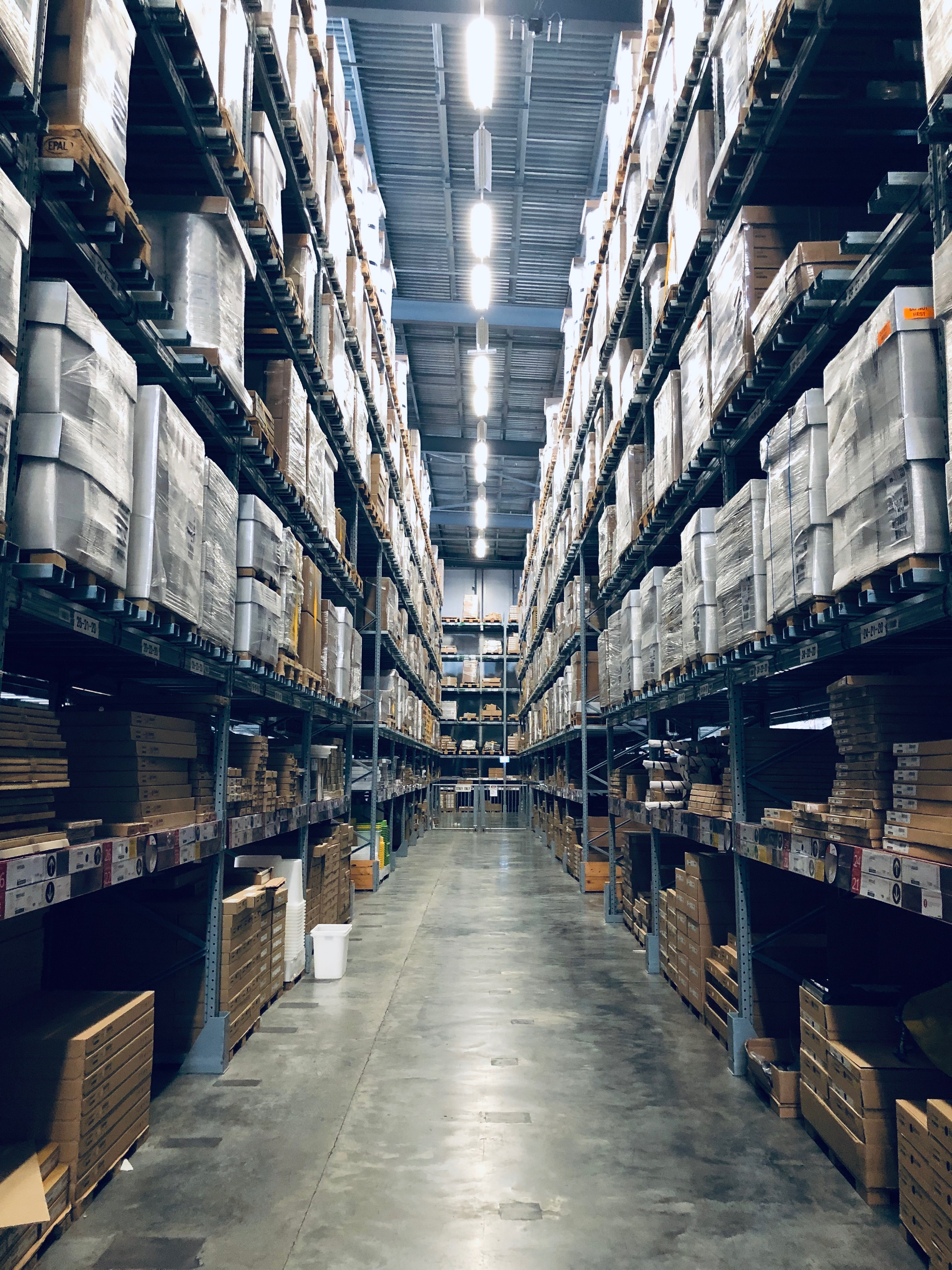 Almacén y logística de almacenamiento: una pareja inseparable